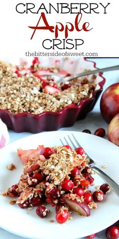 Cranberry Apple Crisp Is A Super Simple Dessert That Is A Little Sweet And A Little Tart Perfect For Any Holiday Celebration The Bitter Side Of Sweet Via Nancypira Cranberry Dessert, Apple Cranberry Crisp, Cranberry Recipes, Apple Crisp, Apple Recipes, Sweet Recipes, Holiday Recipes, Apple Snacks, Top Recipes