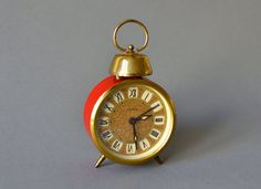 Vintage alarm clock East German Ruhla GDR red by MightyVintage, €45.00