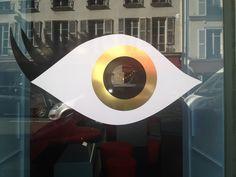 2015 Window shop detail at St Germain des Prés Paris France www.bullesconcept.com