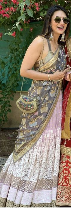Indian Attire, Indian Wear, Pakistani Outfits, Indian Outfits, Indian Fashion Modern, Sari Design, Indian Wedding Wear, Contours, Indian Designer Wear