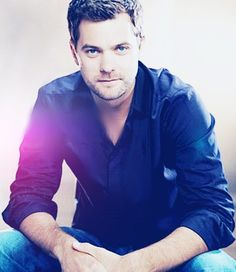 Joshua Jackson - Dawson's Creek...Pacey!! loved him!! favorite character on the show!!