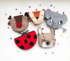 Bag Patterns To Sew, Doll Patterns, Felt Diy, Felt Crafts, Animal Bag, Diy Bags Purses, Doll Tutorial, Fabric Bags, Sewing Toys