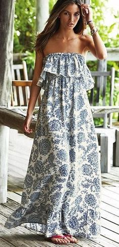 Get In That Bohemian Vibe With This Beautiful Pattern Print Maxi Dress