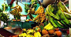 Platanos Verde y Amarillo (Green and Yellow Bananas)