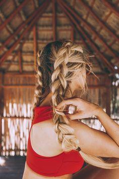 17 schicke doppelte geflochtene Frisuren, die du lieben wirst - Neue Besten Frisur #neueFrisuren#frisuren#2017#bestfrisuren#bestenhaar#beliebtehaar#haarmode#mode#Haarschnitte #2018 #webenhaare
