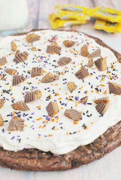 Butterfinger Brownie Pizza (Halloween Candy Recipe)