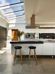 Cocinas modernas de Sapphire Spaces