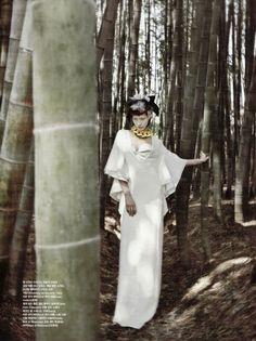 Florest of Flounce Sera Park photographed by Bon-Chang Koo for Vogue Korea June 2013 Vogue Korea, Vogue Japan, Editorial Photography, Fashion Photography, Concept Photography, Japanese Costume, Forest Photography, Oriental Fashion, Oriental Style