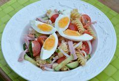 Pasta- & skinksallad Cobb Salad, Ethnic Recipes, Food, Essen, Meals, Yemek, Eten