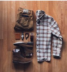 casual mens fashion that look trendy. Stylish Mens Outfits, Casual Outfits, Business Casual Men, Men Casual, Mens Casual Boots, Smart Casual, Mode Outfits, Fashion Outfits, Style Masculin