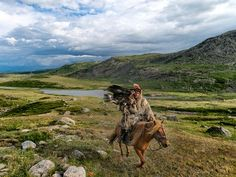 National Geographic Photo of the Day: Eagle Hunter...