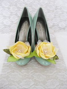 Hey, I found this really awesome Etsy listing at https://www.etsy.com/listing/108178614/flower-shoe-clip-yellow-fabric-flower