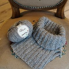 Beanie Knitting Patterns Free, Shawl Patterns, How To Make Scarf, Knitted Slippers, Collar Pattern, Neck Warmer, Free Pattern, Crochet Hats, Ravelry