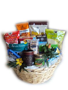 Organic Healthy Holiday Basket Organic Snacks, Organic Fruit, Organic Recipes, Organic Gift Baskets, Food Gift Baskets, Fruit Gifts, Food Gifts, Christmas Gift Baskets, Diy Christmas
