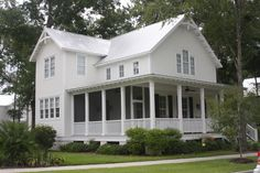 Farmhouse Style House Plan - 3 Beds 2.5 Baths 2038 Sq/Ft Plan #894-1