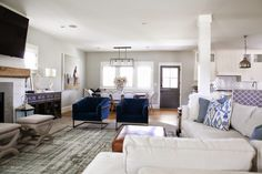 Beyond obsessed with this house. // 6th Street Design School | Kirsten Krason Interiors : Neutral Nautical Living Reveal