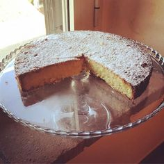 WHITE CAPRESE CAKE
