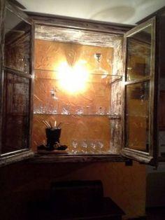 Cómo fabricar una vitrina de madera | Hacer bricolaje es facilisimo.com