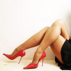 Non raccontiamoci balle, raggiungere il proprio peso ideale ed avere un aspetto fisico attraente sono sicuramente elementi importanti nella seduzione, sia maschile, sia femminile, ma molto meno importanti di quanto si possa credere. #conquistare #amore #riconquistare #sposato #sposata #donna #uomo #seduzione #innamorato #innamorarsi #corteggiare #corteggiamento