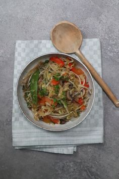 Tjap Tjoi Kruidenmix #zonder pakjes en zakjes! Japchae, Ethnic Recipes, Food, Meals, Yemek, Eten