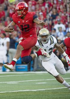 Photo Gallery: Football vs UCLA - The University of Arizona Official Athletic Site Sophomore quarterback Anu Solomon (12)