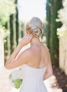 Princess of Monaco or Queen of California? This Calistoga Bride Is So Grace Kelly! Princess of Monaco or Queen of California? This Calistoga Bride Is So Grace Kelly! Bridal Beauty, Wedding Beauty, Chic Wedding, Wedding Styles, Wedding Gowns, Wedding Ideas, Affordable Wedding Invitations, Classic Wedding Invitations, Grace Kelly Wedding