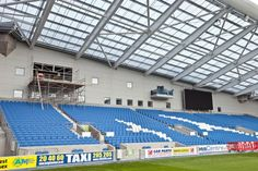 Twitter / BHASnappy: #EXTRASEATS The hole in the wall is where the new dedicated Pundits commentary box will be located #BHAFC