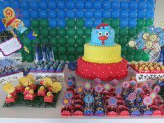 Festa da Galinha Pintadinha para o Dudú By Maison de Poupée http://ateliemaisondepoupee.blogspot.com.br/ https://www.facebook.com/browse/admined_pages/?id=100002933835643#!/MaisonDePoupee.Scrap