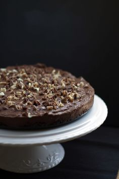 This easy, no bake, chocolate dessert recipe for Rich & Creamy Chocolate Torte is smooth, decadent and utterly delicious! Chocolate Torte, Chocolate Shavings, Chocolate Desserts, Chocolate Chips, Cupcakes, Cupcake Cakes, Just Desserts, Delicious Desserts, Cake Recipes