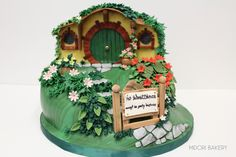 Lord of the Rings Hobbit Hill, Baggend Groom's Cake by Midori Bakery Hobbit Cake, Hobbit Party, Cupcake Cakes, Cupcakes, Ring Cake, Food Crush, Party Rings, Woodland Baby, Wedding Desserts