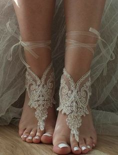 Barefoot wedding - Beach Wedding Shoes and Sandals ideas 21 – Barefoot wedding Barefoot Sandals Wedding, Beach Wedding Shoes, Barefoot Beach, Bridal Shoes, Dream Wedding, Beach Weddings, Beach Shoes, Beach Sandals, Barefoot Dreams