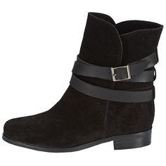 Stiefeletten mit Schnalle - Schicke Stiefeletten in Schwarz von BT London. Ob zur Jeans, zum Kleid oder zum Rock: Diese Stiefeletten lassen sich zu allem kombinieren! - ab 94,99 €