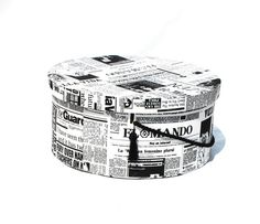 Hey, I found this really awesome Etsy listing at https://www.etsy.com/listing/154358632/hat-box-xxl-gift-box-newspaper-treasury