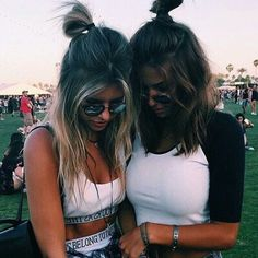 Image via We Heart It https://weheartit.com/entry/174561546/via/20138094 #coachella #grunge #hipster #indie #tumblr #cochella #cocahella