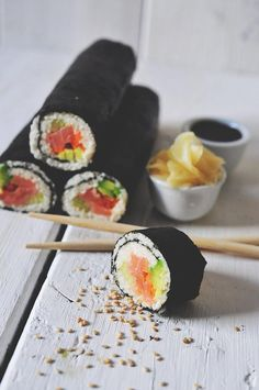 Cauliflower instead of rice --How cool!  100 % cauliflower salmon sushi