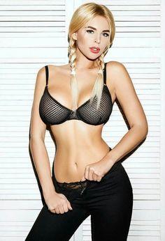 Anastasia Verbovaia Crazy Women, Hot Blondes, Color Negra, Sexy Body, Bikini Girls, Hot Girls, Girls 4, Sexy Women, Beautiful Women