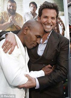 Bradley Cooper Bradley Cooper Hair, Brad Cooper, Jeffrey Dean Morgan, Paul Newman, A Star Is Born, Mamma Mia, Werewolves, My Daddy, Celebs