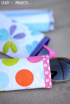 Easy sunglasses case pattern and tutorial