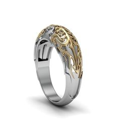 For the awesome geeky couples who love Fantasy fictions and Superheroes sagas, here are a few options of Movie inspired wedding rings to choose from.