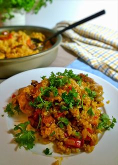 Chicken and Chorizo paella the taste chase 4