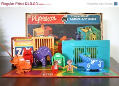 Vintage Playskool Tyke World Lock Up Zoo