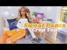 DIY - How to Make: Miniature Sweat Pants & Crop Top Scale Sewing Craft - Bing video Barbie Et Ken, Barbie Top, Barbie Dolls Diy, Diy Barbie Clothes, Barbie Doll House, Barbie Dream, Diy Doll, Barbie Stuff, Barbie Hair