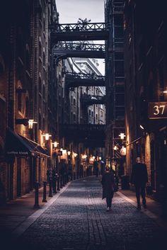 Shad Thames ❤ London Congrats Use . Urban Photography, Night Photography, Street Photography, Landscape Photography, Grunge Photography, Photography Basics, Minimalist Photography, Scenic Photography, Aerial Photography
