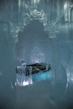 Ice Suite at Jukkasjärvi Ice Hotel, Sweden, bucket list but only for one night! BURR