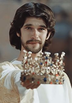 """Ben Wishaw as Richard II, part of """"The Hollow Crown"""" series"""
