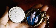 Renesmee's locket