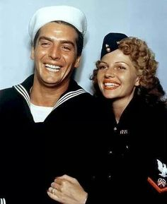 Victor Mature and girlfriend at the time Rita Hayworth Old Hollywood Movies, Hollywood Icons, Golden Age Of Hollywood, Hollywood Glamour, Hollywood Stars, Classic Hollywood, Hollywood Actresses, Rita Hayworth, John Garfield