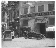 Valencia antigua (fotos)....una joya para guardar....   OLD VALENCIA    PLAZA DEL CAUDILLO CALLE SAN VICENTE 1915 PUENTE DE LOS SERRANOS CA...