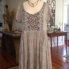 Free People Dress Fully lined casual dress be Free People. There is no size listed, but it fits like an 8 or medium. Worn only a couple of times. 100% rayon.  Machine wash cold, tumble dry low. No trades or Paypal please. Free People Dresses