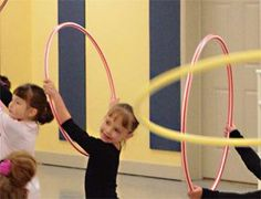 Perk Up Preschoolers With Props | Dance Studio Life I love the idea of using foam insoles to show positions! CD